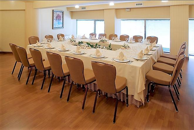 波尼法兹海军上将酒店 - 布尔戈斯 - 宴会厅