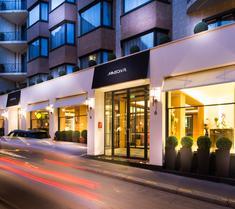 雷吉纳埃菲尔酒店