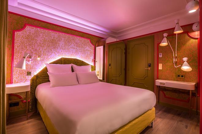 布雷西亚剧院酒店 - 巴黎 - 睡房