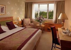 迪瓦尼卡拉维尔酒店 - 雅典 - 睡房
