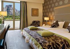 迪瓦尼迈奥泰拉酒店 - 卡兰巴卡 - 睡房