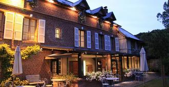 德拉索斯旅馆 - 迷人的酒店 - 翁弗勒尔