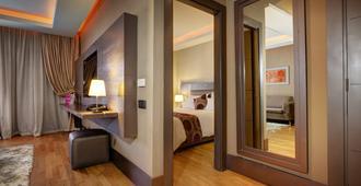 灰色精品水疗酒店 - 卡萨布兰卡 - 睡房