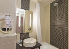 图尔酒店 - 布鲁瓦 - 浴室