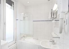巴黎北站梅尔里勒酒店 - 巴黎 - 浴室