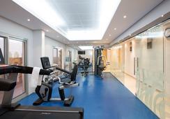 Danat Century Hotel Apartments - 阿布扎比 - 健身房