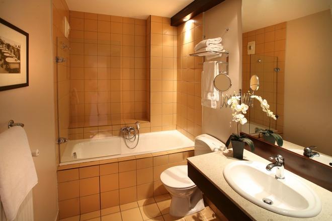 里昂罗斯福酒店 - 里昂 - 浴室