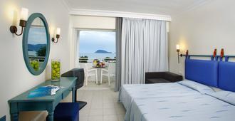 路易斯桑特海滩酒店 - 拉加纳斯