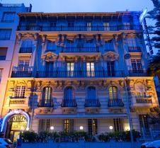 尼斯城堡连锁酒店