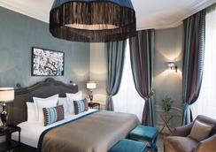 Hotel Le Saint - 巴黎 - 睡房