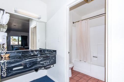 洛杉矶海石酒店 - 洛杉矶 - 浴室