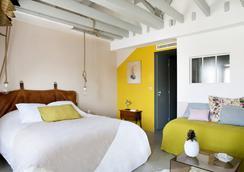 巴黎亨丽埃特酒店 - 巴黎 - 睡房