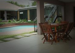 Cozy Nest Guest House - Durban North, Natal - 德班 - 游泳池