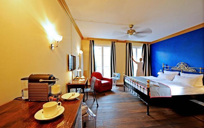 柏林路易森霍夫酒店 - 柏林 - 睡房