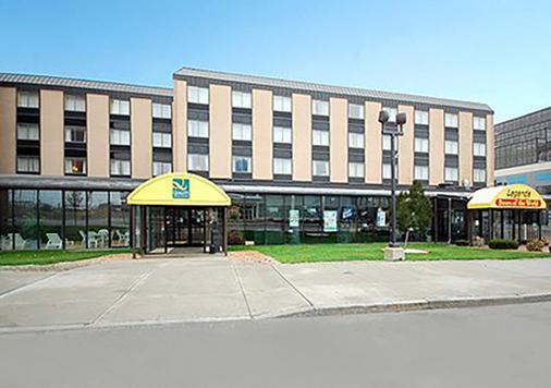 瀑布品质套房酒店 - 尼亚加拉瀑布 - 建筑