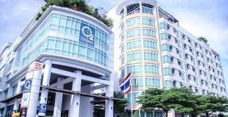 公园新村服务式套房 - 曼谷 - 建筑