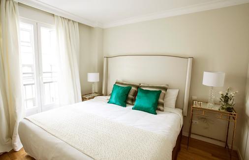格兰威亚斯普兰顿套房酒店 - 马德里 - 睡房