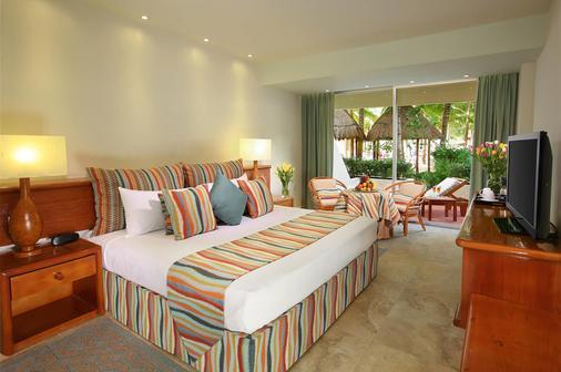 绿洲棕榈酒店 - 坎昆 - 睡房