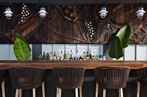 岛屿之家酒店 - 拿骚 - 酒吧
