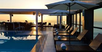 佩斯塔纳大西洋海滨酒店 - 里约热内卢 - 游泳池