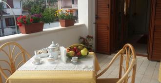 聖多梅尼卡的1臥室別墅 - 30平方公尺/1間專用衛浴 - 特罗佩阿 - 阳台