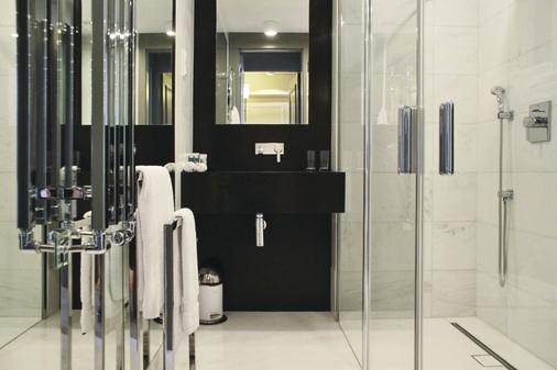 H15精品酒店 - 华沙 - 浴室