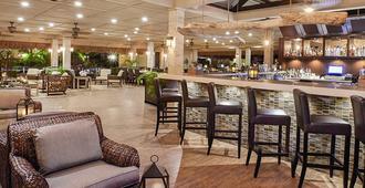 曼彻博海滩Spa度假酒店 - 奥腊涅斯塔德 - 酒吧