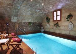 帕拉西奥卡萨加勒萨酒店 - 马略卡岛帕尔马 - 游泳池