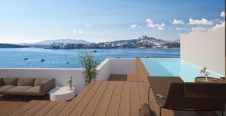 奥蒂塔拉曼卡酒店 - 伊维萨镇 - 游泳池