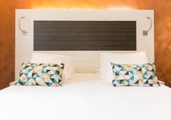 库维特杜弗朗西斯加酒店 - 斯特拉斯堡 - 睡房