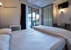 瑞莱斯波姆之家3号酒店 - 巴约 - 睡房