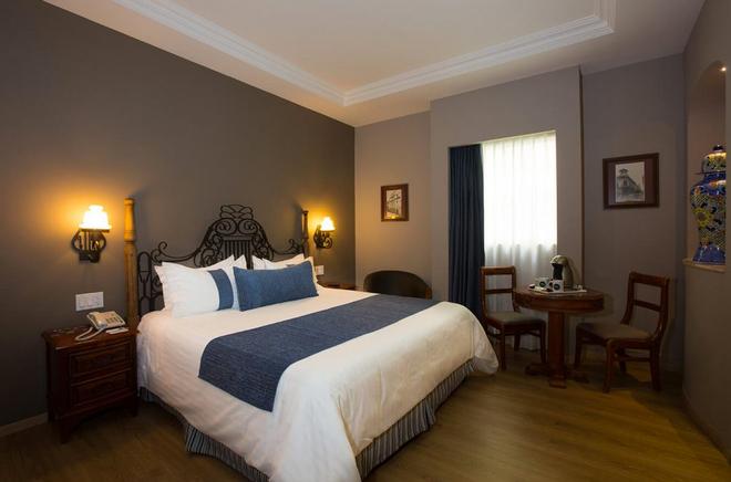 索卡洛中心酒店 - 墨西哥城 - 睡房