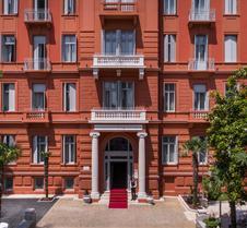 因佩里亚尔雷米森斯优品传统酒店