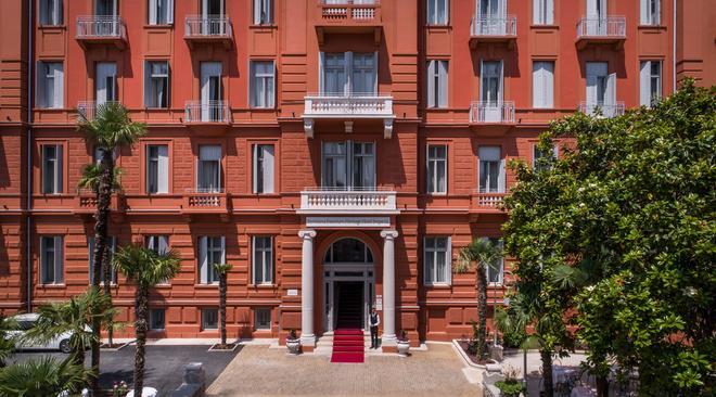 因佩里亚尔雷米森斯优品传统酒店 - 奥帕提亚 - 建筑