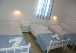 米科诺斯沃尼奧提斯酒店 - 米科諾斯岛 - 睡房