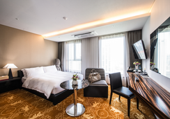 利奥酒店 - 济州 - 睡房