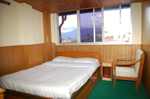 尼泊尔之旅酒店 - 加德满都 - 睡房