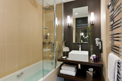 巴里尔勒格雷阿比昂酒店 - 戛纳 - 浴室