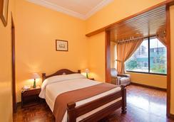 拉卡图加酒店 - 基多 - 睡房