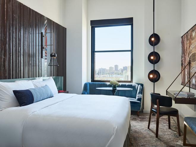 底特律基石酒店 - 底特律 - 睡房