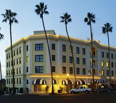拉霍亚格兰德科隆尼酒店