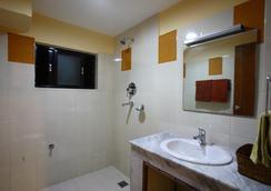 皇家阿斯托里亚酒店 - 加德满都 - 浴室