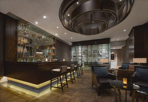 雅加达太古广场丽思卡尔顿酒店 - 雅加达 - 酒吧