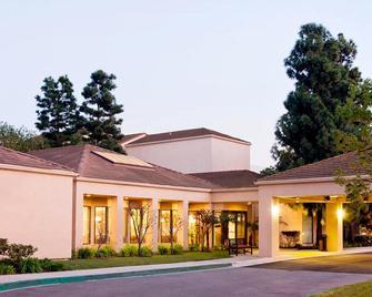 洛杉矶国际机场/埃尔塞贡多万怡酒店 - 埃尔塞贡多 - 建筑