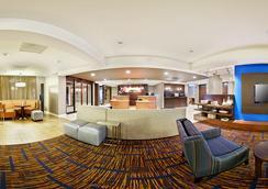 莫比尔万怡酒店 - 莫比尔 - 大厅