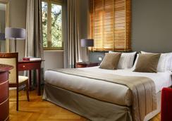托洛尼亚普林西比酒店 - 罗马 - 睡房