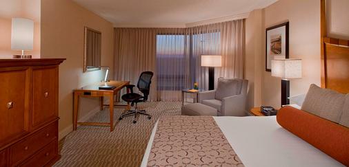 坦帕市中心希尔顿酒店 - 坦帕 - 睡房