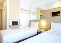 红色星球马卡萨酒店 - 马卡萨 - 睡房