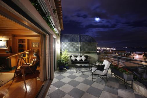 哈尼拉斯绿意里斯本古迹精选酒店 - 里斯本 - 阳台