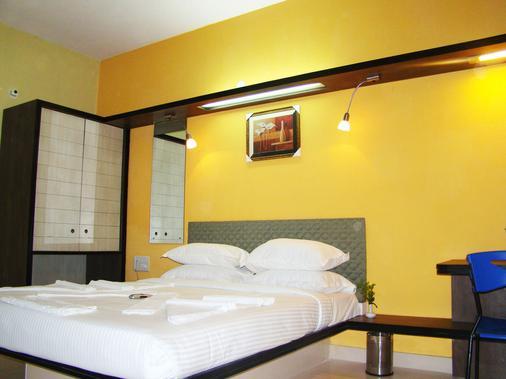 大蜜蜂酒店 - 班加罗尔 - 睡房